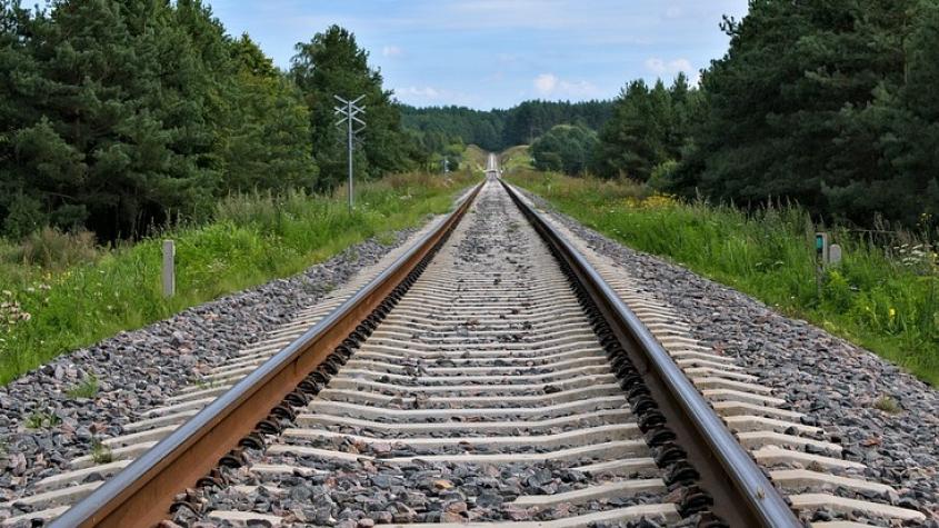 Petici proti rušení vlaků ve středních Čechách podepsalo přes pět tisíc lidí