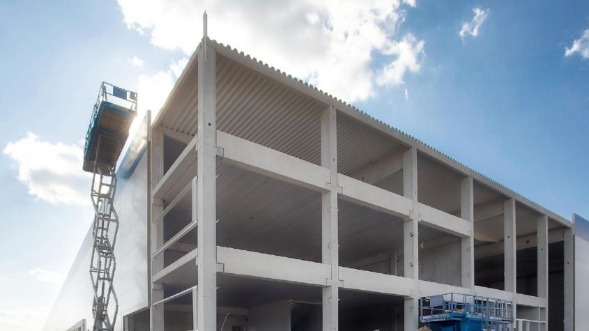 Doosan Bobcat otevře ve Zdicích skladovací halu za 300 milionů korun