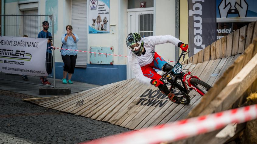 Bikeři již ladí formu na Svatohorský Downtown