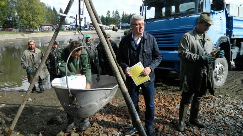 V Rožmitále se konala Myslivecko-rybářská slavnost spojená s výlovem Sadoňského rybníka