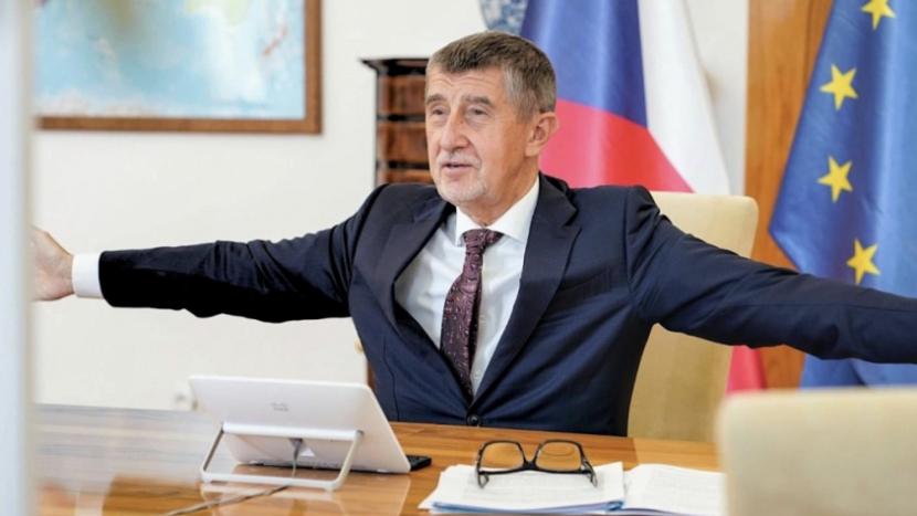 Senzace se nekoná: Babiš poslal peníze na reality ve Francii z české banky