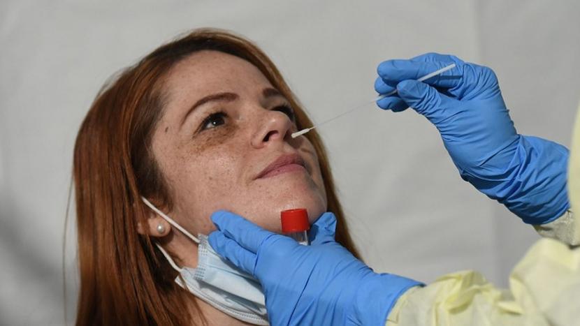 PCR testy budou nově platit 72 hodin, antigenní jeden den
