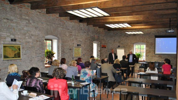 Projekt Comenius Regio mimo jiné mapoval i trh práce