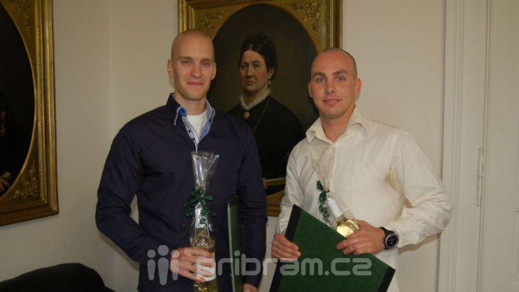 Příbramská radnice ocenila hrdinství dvou mladých mužů