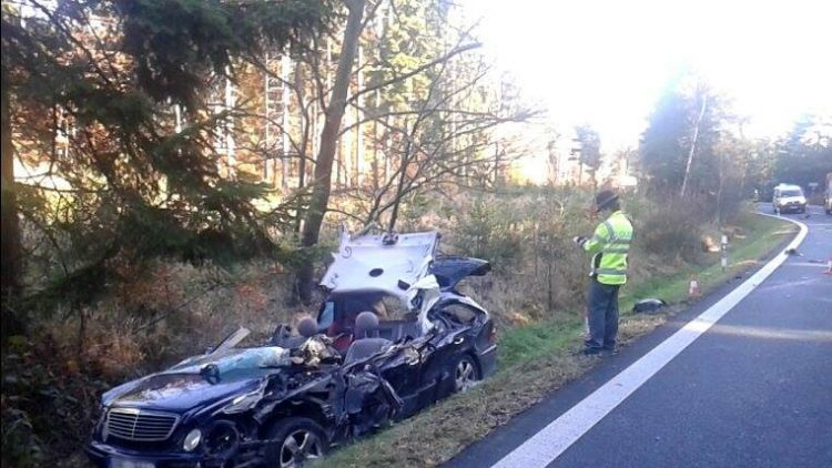 Za Věšínem došlo k vážné nehodě, přistává zde vrtulník