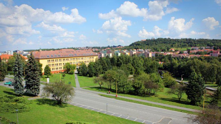 Příbramské gymnázium navazuje spolupráci s prestižní anglickou školou