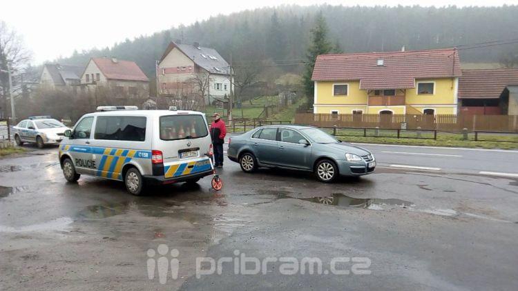Nehoda v obci Obory se obešla bez zranění