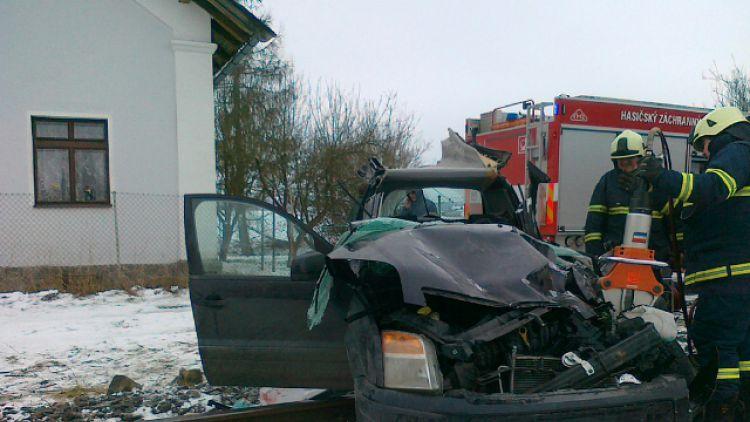 Drážní inspekce: Zabezpečení přejezdu v Bratkovicích bylo funkční