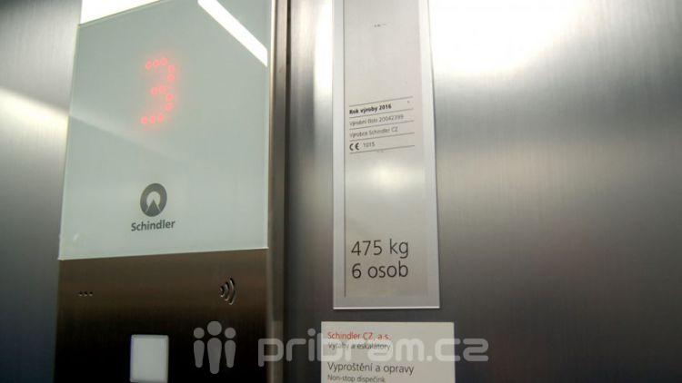 DPS v Hradební má nový výtah