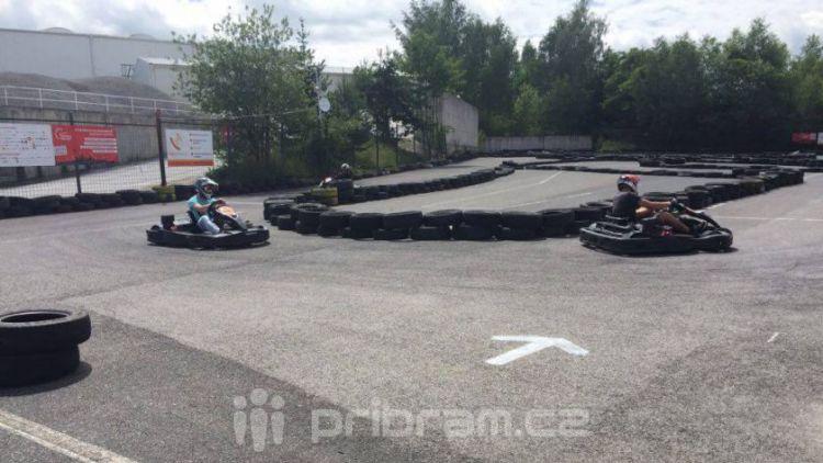 Příbramské motokáry za sebou mají první závod letní ligy