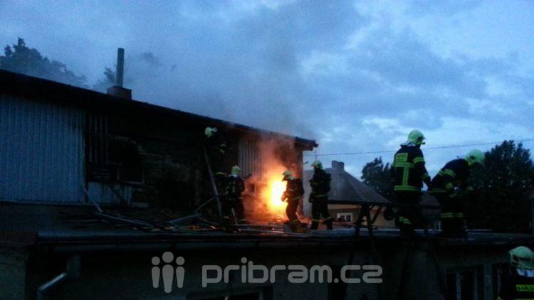 Včerejší požár očima hasičů