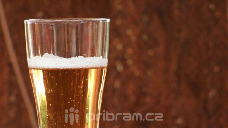 Alkohol za volantem i za řídítky