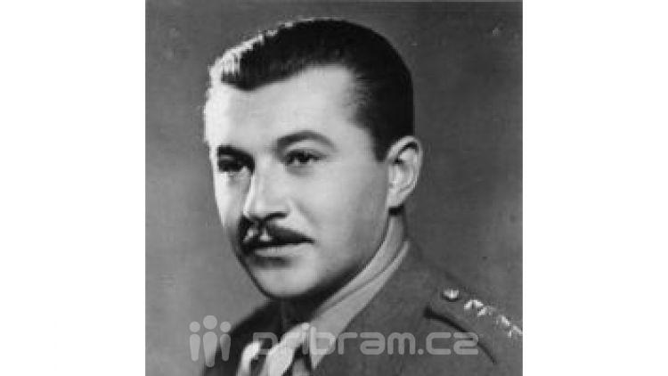 VPříbramisi připomněli 70 let od smrti generála Kholla na Dukle