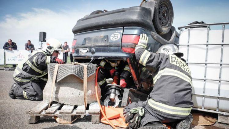 Hořovičtí hasiči obhájili mistrovský titul ve vyprošťování