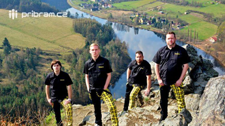Příbramská kapela COMPROMYSH pustila do světa nové CD