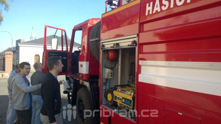 Dobrovolní hasiči mají zpět zrepasované vozidlo