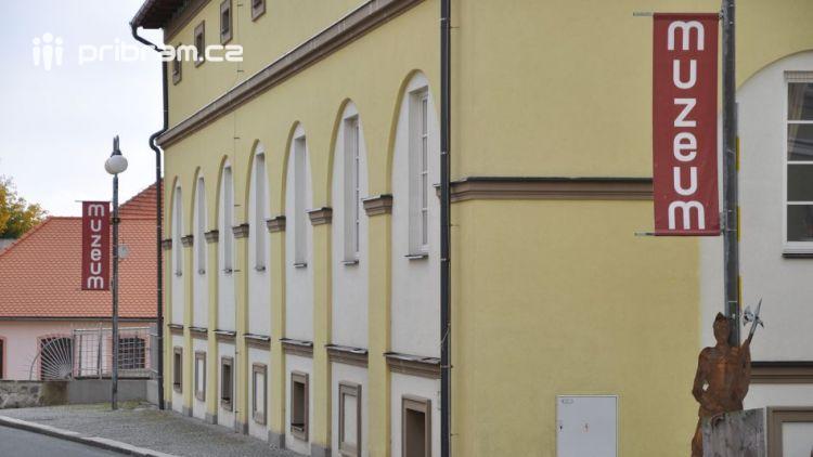 Vědecká konference o historii Brd v Podbrdském muzeu uvítala vědce i laiky