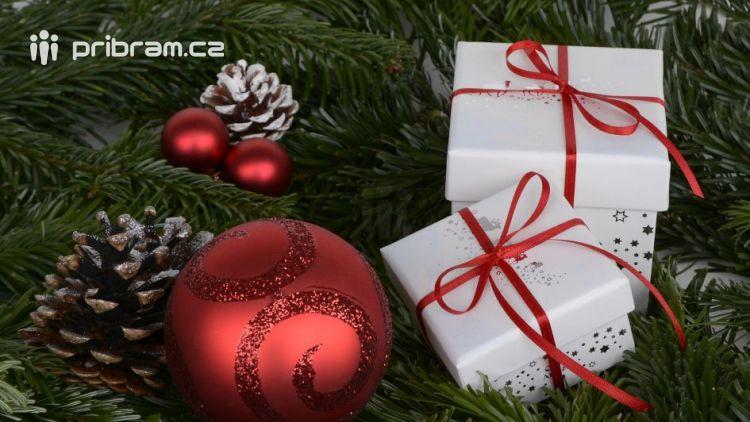 Na Příbramsku naděluje dárky hlavně Ježíšek