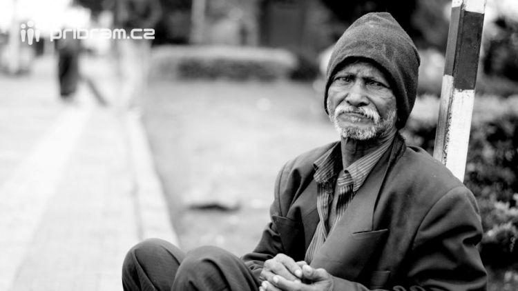 Mrazy budou přetrvávat, osoby bez přístřeší potřebují pomoc