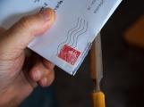 Ukradené dopisy si přečetli a zahodili