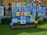 Bohatý nedělní program ve sportovně rekreačním areálu si děti řádně užily