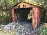 Včerejší tragédie v plechové garáži zřejmě nebyla náhodná