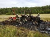 Právě teď: Požár traktoru v plném rozsahu zaměstnává hasiče