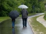 Deštivé počasí a chladno potrvá do konce týdne, pak přijde oteplení
