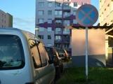 Pozor! Na Drkolnově se zintenzivní kontroly správného parkování