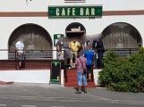Café bar se stal na prvního máje místem tragédie, dnes byl pachatel znovu na místě činu