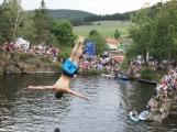 Dnes startuje devatenáctý ročník Desperados Highjump! Skoky do vody při kterých se tají dech
