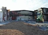 Ravak vyčíslil škody požáru, v listopadu začne stavět novou halu