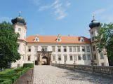 Mníšek pod Brdy letos nechá upravit městské parky