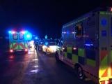 Aktuálně: Nehoda tří aut zastavila provoz, mezi zraněnými je těhotná žena