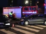 Aktuálně: Opatrně v Žežické, havarovaná vozidla blokují křižovatku