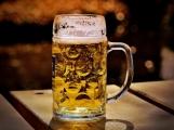 """Výsledky ankety """"Suchej únor"""": Příbramané se v pití alkoholu ve větší míře neomezují"""