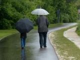 Po slunečné a teplé neděli nás čeká ochlazení a déšť