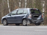 Aktuálně: Střet dvou vozidel vyšetřují policisté u Jesenice