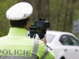 Na téměř třiceti místech budou zítra policisté měřit rychlost