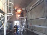 Včerejší požár v sušičce pilin způsobil milionovou škodu