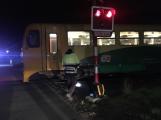Sebevražda se šťastným koncem: Muž přežil srážku s vlakem!
