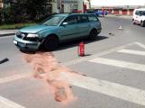 Aktuálně: Dopravní nehoda na kruhovém objezdu komplikuje provoz