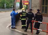 Aktuálně: U Pivnice na Růžku dnes večer bez cigarety, štamgasti kvůli zápachu plynu povolali hasiče