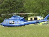 Aktuálně: Pro zraněnou horolezkyni letěl záchranářský vrtulník