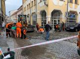 Aktuálně: Noční přívalové deště poškodily ulice v centru Příbrami
