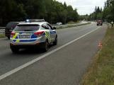 Agresivní řidič mercedesu atakoval na dálnici jiné vozidlo, teď je v hledáčku policie