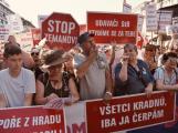 Středočeši pojedou na demonstraci na Letnou spíše po vlastní ose