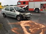Aktuálně: Vážná dopravní nehoda se zraněním uzavřela Strakonickou silnici