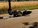 Vážná dopravní nehoda motorkáře u Vysoké Pece. Na místě přistává vrtulník