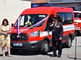Dobrovolní hasiči ve Hvožďanech mají nové vozidlo pro 9 osob